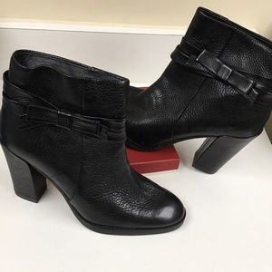 Kate Spade Black Leather Booties Bow Never Used